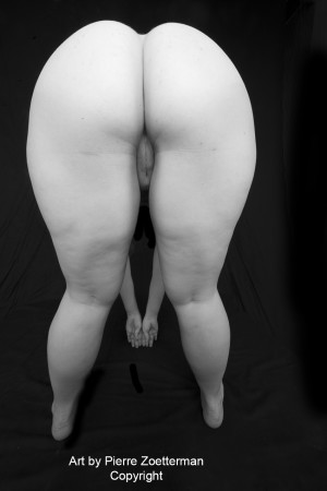 20111116 louise W naken 14739
