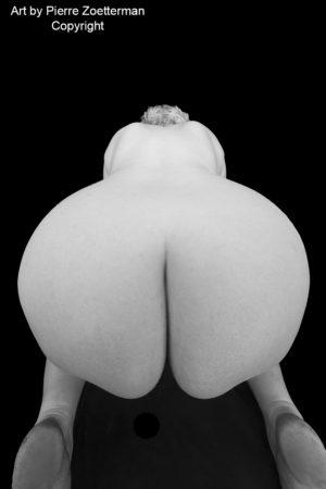 20111227 Peggy naken 14868
